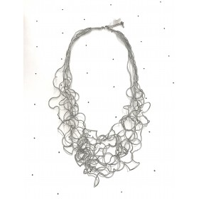 Necklace silver threads